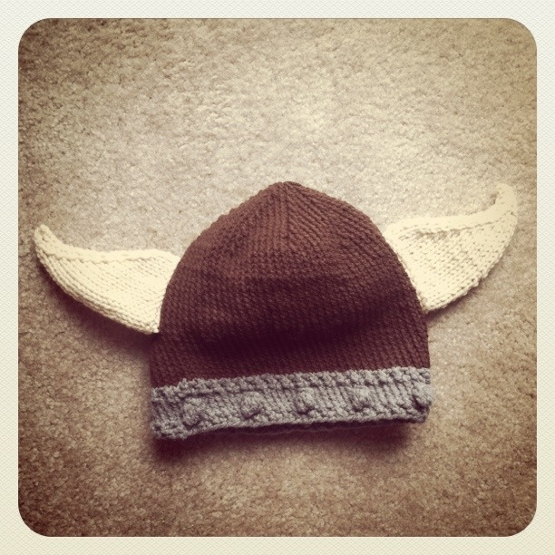 Knitting Patterns For Viking Hat : {Crafts}: Knit Baby Viking Hat smorgbord